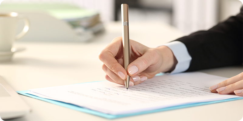 Employee Contracts & Letters of Offer